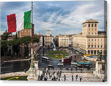 Canvas Print featuring the photograph Piazza Venezia by John Wadleigh