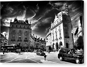 Piccadilly Circus Canvas Print by John Rizzuto