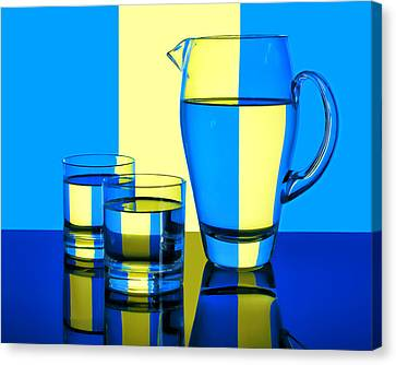 Pichet Et Verres Canvas Print by Nikolyn McDonald