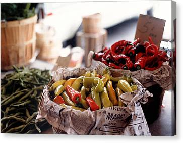 Pick A Pepper In Pastel Canvas Print by Suzanne Gaff