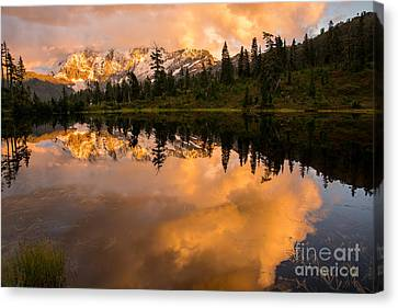Picture Lake 1 Canvas Print by Sabine Edrissi
