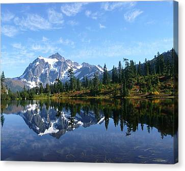 Canvas Print featuring the photograph Picture Lake by Priya Ghose