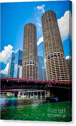 Picture Of Chicago Marina City Corncob Buildings Canvas Print by Paul Velgos