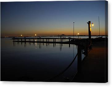 Pier At Chandlers Landing Rockwall Tx Canvas Print by Charles Beeler