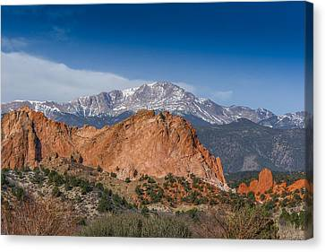 Pikes Peak Behind Garden Of The Gods Canvas Print