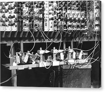 Pilot Ace Computer Components, 1950 Canvas Print by Science Photo Library