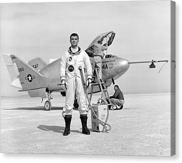 Pilot Major Cecil Powell And The X-24a Canvas Print by Gary Bodnar