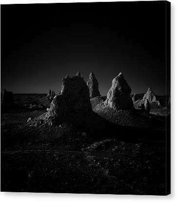Pinnacles Facing The Sunrise Canvas Print