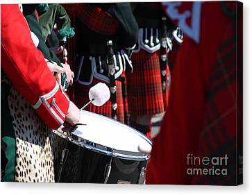 Pipe And Drums Canvas Print