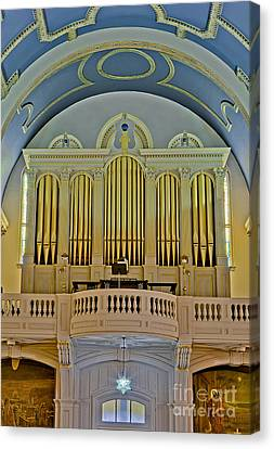 Pipe Organ At Saint Michaels Canvas Print by Susan Candelario