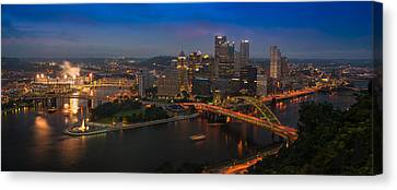 Pittsburgh Pa Canvas Print by Steve Gadomski