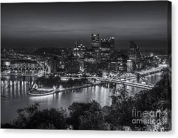 Pittsburgh Skyline Morning Twilight II Canvas Print by Clarence Holmes