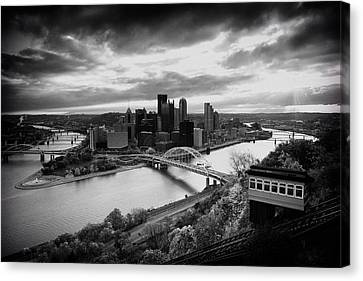 Pittsburgh Skyline1 Canvas Print by Emmanuel Panagiotakis