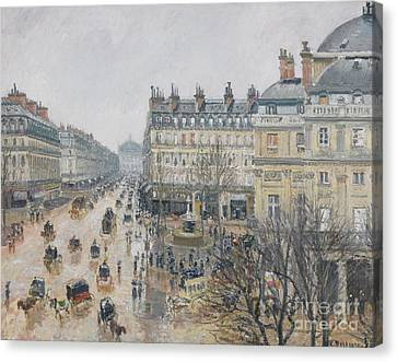 Place Du Theatre Francais    Paris  Rain Canvas Print