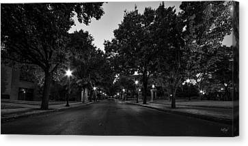 Plum Street To Franklin Square Canvas Print by Everet Regal