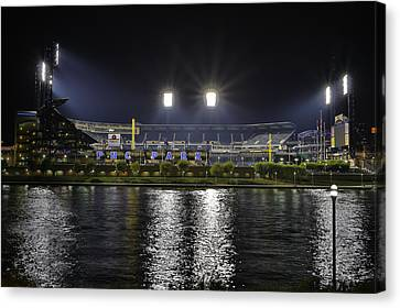Pnc At Night. Canvas Print by Jimmy Taaffe