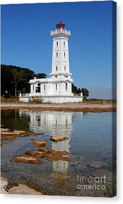 Point Abino Reflections Canvas Print by Darleen Stry