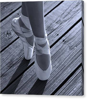 Pointe Shoes Bw Canvas Print by Laura Fasulo