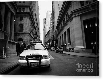 Police Squad Car On Wall Street New York City Canvas Print by Joe Fox