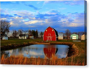 Pondside Farms Canvas Print by Larry Trupp
