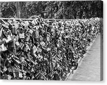Love Locks On The Pont De L'archeveche Canvas Print by Georgia Fowler
