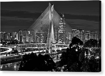 Sao Paulo - Ponte Octavio Frias De Oliveira By Night In Black And White Canvas Print