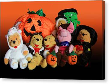 Pooh And Friends Halloween Canvas Print by Linda Phelps