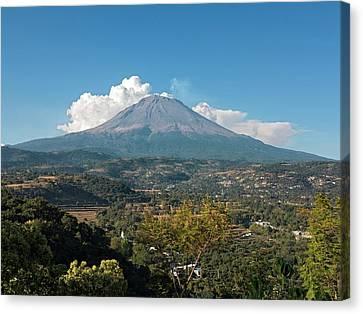 Popocatepetl Volcano Canvas Print by Daniel Sambraus