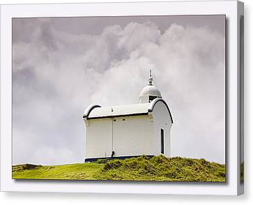 Port Macquarie Nsw Light House 01 Canvas Print by Kevin Chippindall