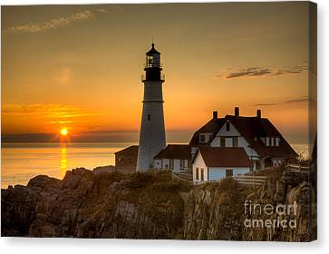 Portland Head Light At Sunrise II Canvas Print by Clarence Holmes