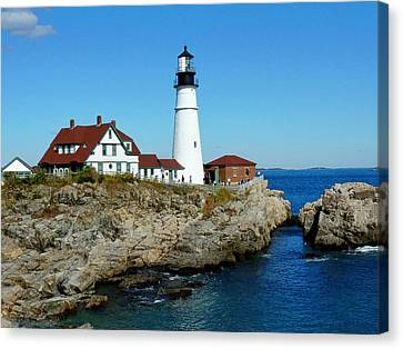 Canvas Print featuring the photograph Portland Head Light by Elaine Franklin