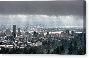 Portland Oregon After A Morning Rain Canvas Print