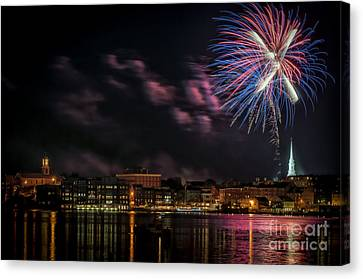Portsmouth Nh Fireworks 2013 Canvas Print