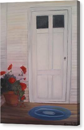 Pot Of Geraniums Canvas Print by Glenda Barrett
