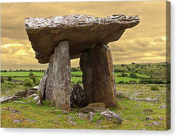 Poulnabrone Dolmen Canvas Print by Tom Norring