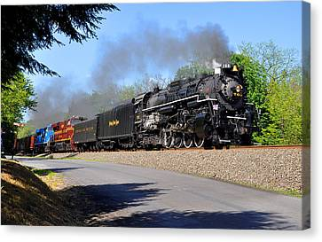 Powerful Nickel Plate Berkshire Canvas Print by Matthew Chapman