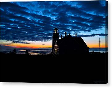 Predawn Light At West Quoddy Head Lighthouse Canvas Print by Marty Saccone