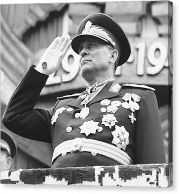 President Marshal Tito Salutes Canvas Print by Underwood Archives
