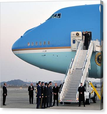 President Obama, Osan Air Base, Korea Canvas Print by Science Source