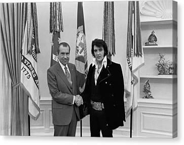 President Richard Nixon And Elvis Canvas Print by Everett