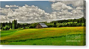 Canvas Print featuring the photograph Priest River Barn by Sam Rosen