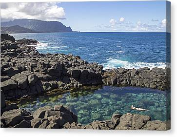 Princeville Queen's Bath Canvas Print