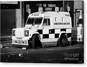 Psni Armoured Land Rover On Crumlin Road At Ardoyne Shops Belfast 12th July Canvas Print