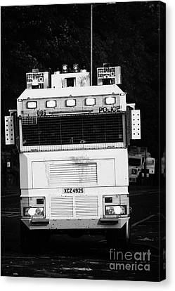 Psni Water Cannon On Crumlin Road At Ardoyne Shops Belfast 12th July Canvas Print