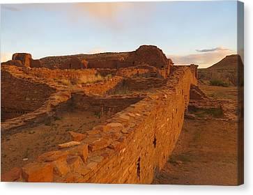 Pueblo Del Arroyo At Sunset Canvas Print