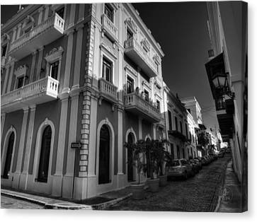 Puerto Rico - Old San Juan 004 Bw Canvas Print by Lance Vaughn