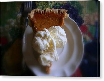 Pumpkin Pie A' La Mode Canvas Print by Kay Novy