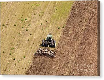 Quad Tractor Canvas Print by John Ferrante