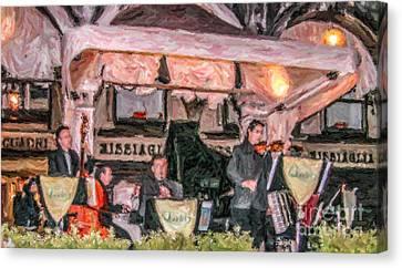 Quadri Orchestra Venice Canvas Print by Liz Leyden