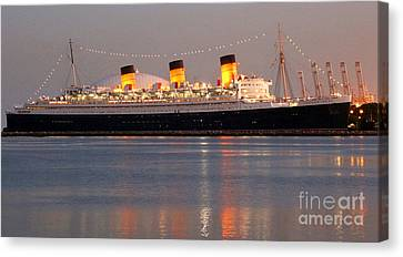 Queen Mary At Night Canvas Print by Cheryl Del Toro